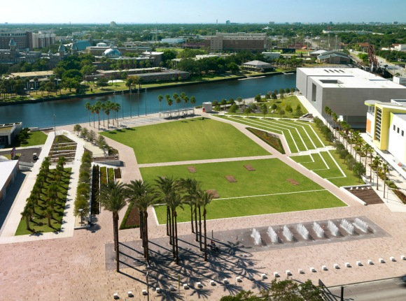 Curtis Hixon Waterfront Park in Tampa. Designed by Thomas Balsley, FASLA. Photo credit: George Cott