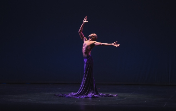 Jahrel Thompson with Sarasota Contemporary Dance (formerly Fuzion), delivered a moving performance. Photo credit: Wyatt Kostygan